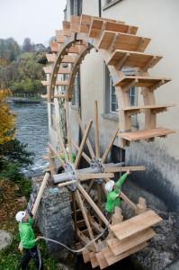 3 Mühlrad am Rheinfall erneuert - HÜBSCHER HOLZBAU AG