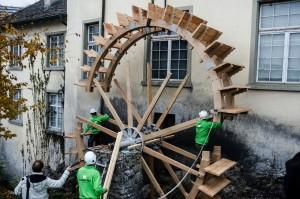 4 Mühlrad am Rheinfall erneuert - HÜBSCHER HOLZBAU AG