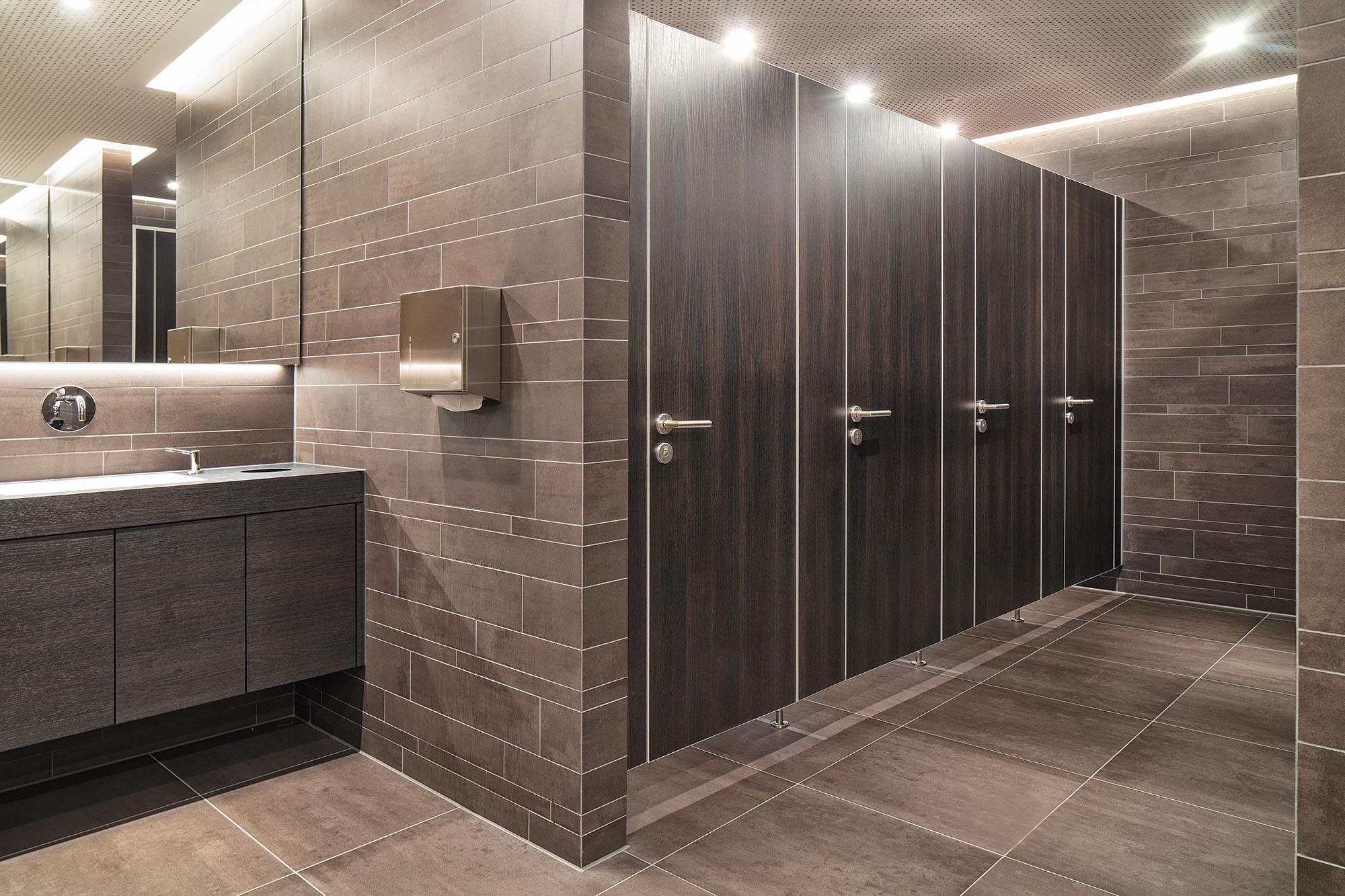 wc trennwandsystem niuu nachhaltiger allesk nner f r den ffentlichen sanit rraum handwerker. Black Bedroom Furniture Sets. Home Design Ideas