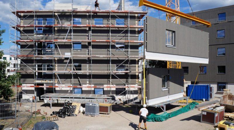 Sozialer Wohnungsbau in Holzbauweise – Zukunfts-weisendes Projekt in Berlin-Adlershof fertiggestellt